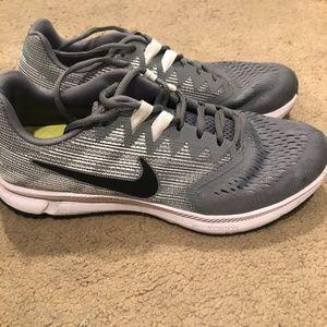 Nike Zoom Span 2 Shoes- Sz 10